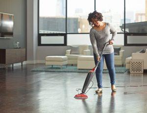 La balai vapeur permet un nettoyage simple et efficace tout en étant économique et écologique